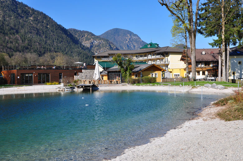 hausnummersechs_poolhaus