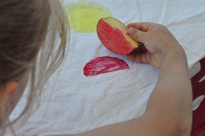 DIY Wassermelonen Stempel selbst gemacht - Kartoffeldruck DIY für Kinder