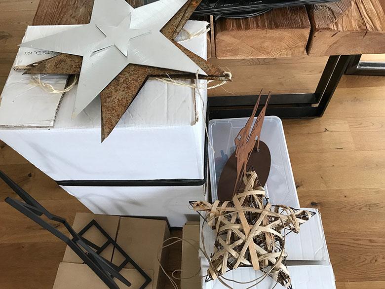 einfach schlichte Weihnachtsdekoration mit Naturmaterialien