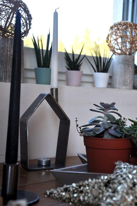 Feinrost Metall Haus Kerzenständer