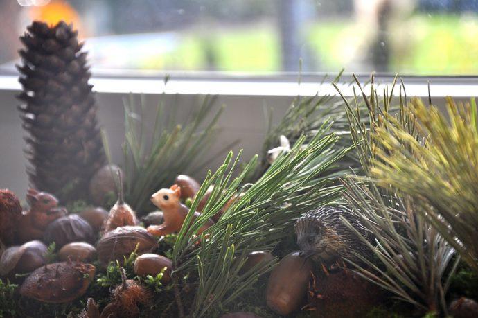 Waldtiere im Detail als Weihnachtsdekoration
